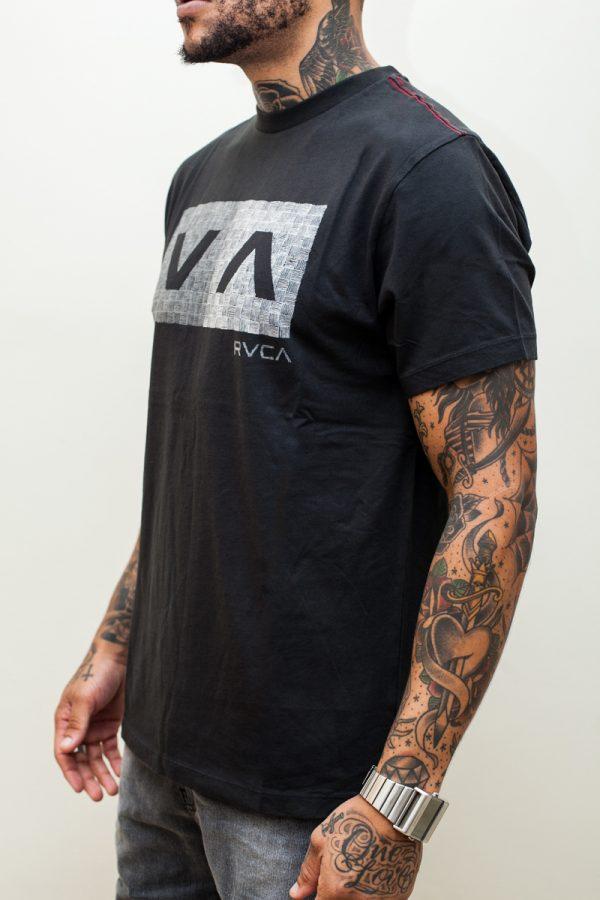 Camiseta RVCA Hatch Box Black 2