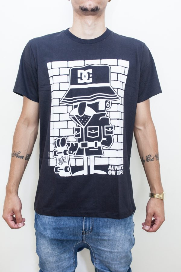 Camiseta DC Investigate - 3 1